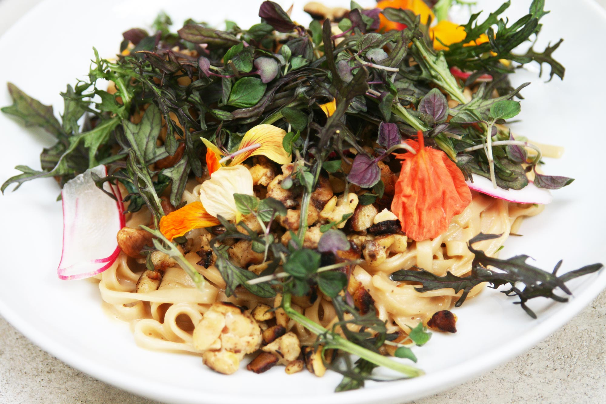 vegan-spicy-udon-plant-food-and-wine_4496